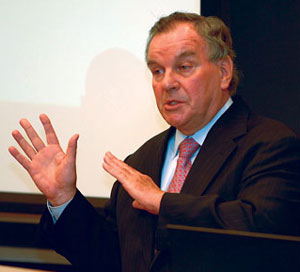 Chicago Mayor Richard M. Daley speaks to a management class Thursday.