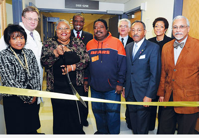 dignitaries at the sickle cell center's ribbon cutting